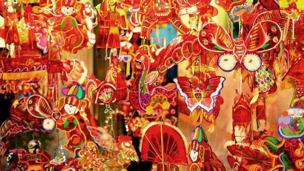 Lồng đèn giấy kiếng truyền thống